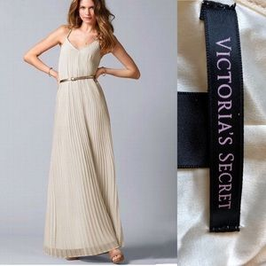 Victorias Secret Knife Pleated Cream Maxi Dress SP